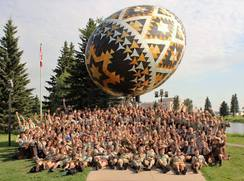 03-pysanka-group-2016.jpg