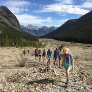 04-hikers-in-line-2016.jpg